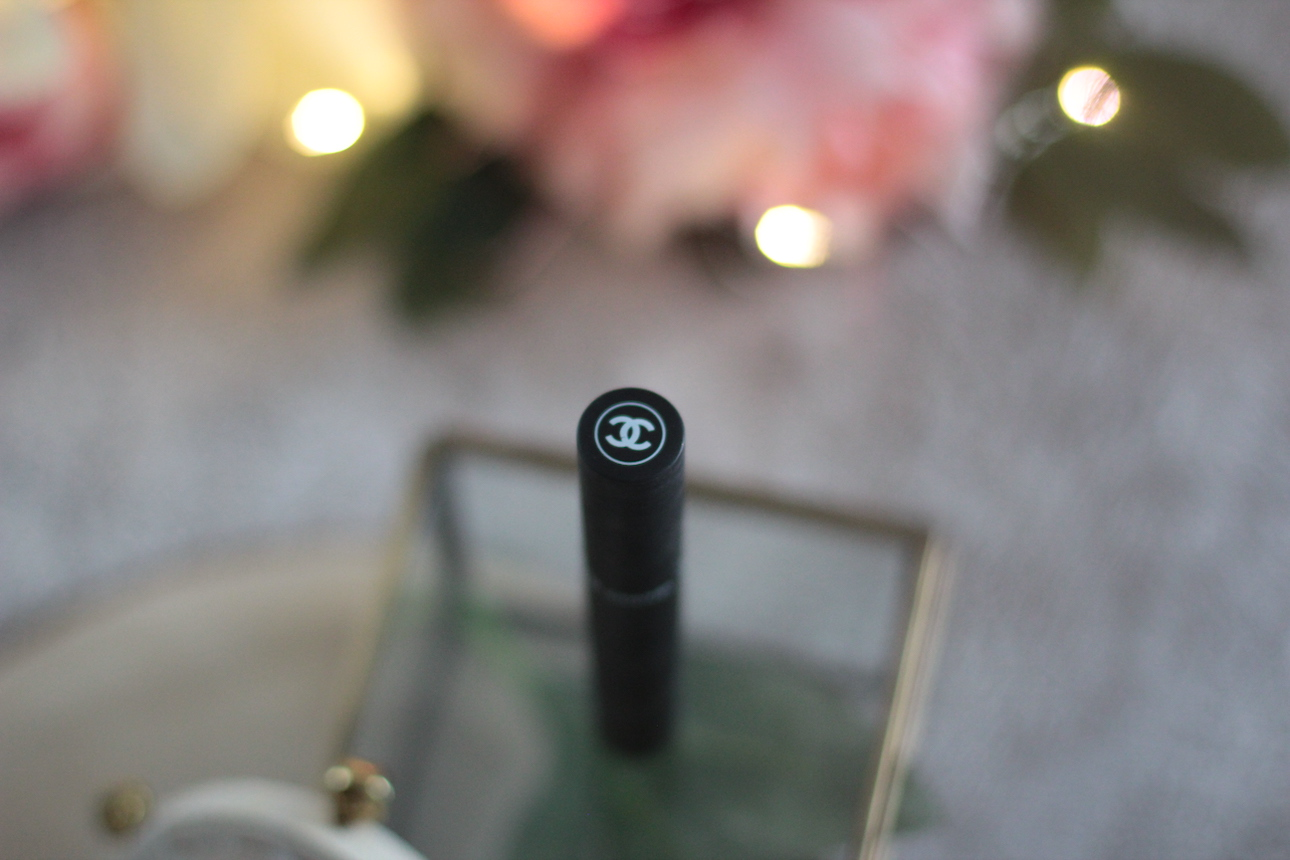 mascara ; chanel ; volume
